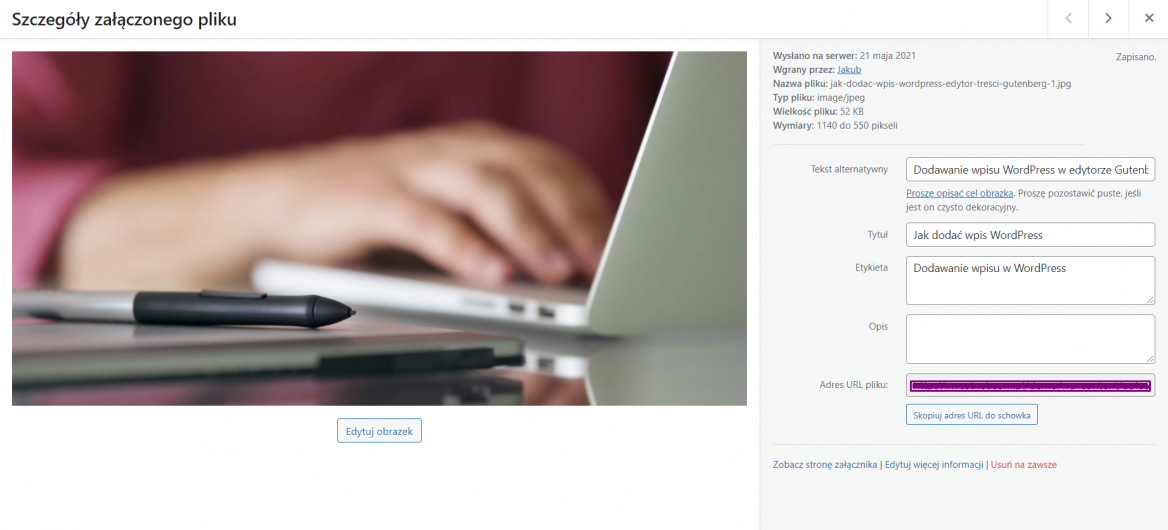 Dodawanie opisów do obrazu w WordPress